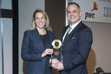 Ihs automotive loyalty awards ihs markit for Ford motor company awards